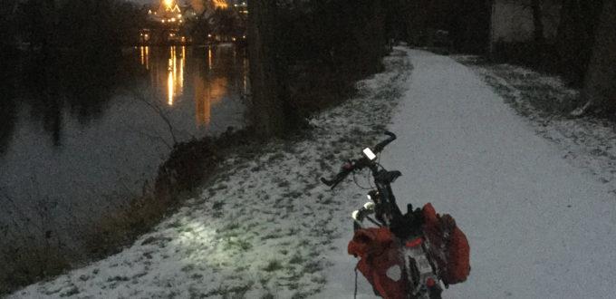 Nürtingen bei Nach Fahrradtour Neckarradweg - Winter