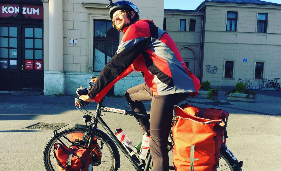 Wie lange Fahrradtouren schafft man - ich schaffe so 5.000 Kilometer - hier war ich in Zagreb am Bahnhof