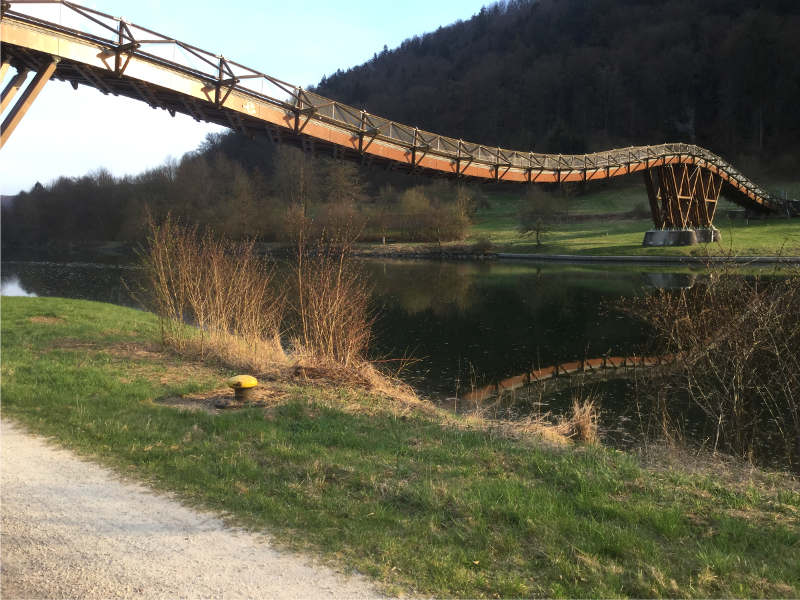 Essing Holzbrücke größte Europas am Altmühltalradweg