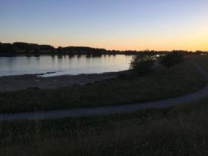 Deggendorf Abendstimmung an der Donau - Donauradweg