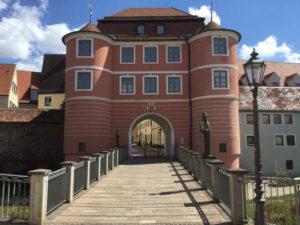 Rieder Tor Donauwörth am Donauradweg und an dem Via Claudia Augusta