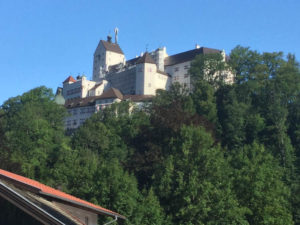 Königssee-Bodensee-Radweg - Aschau im Chiemgau - Schloss Hohenaschau