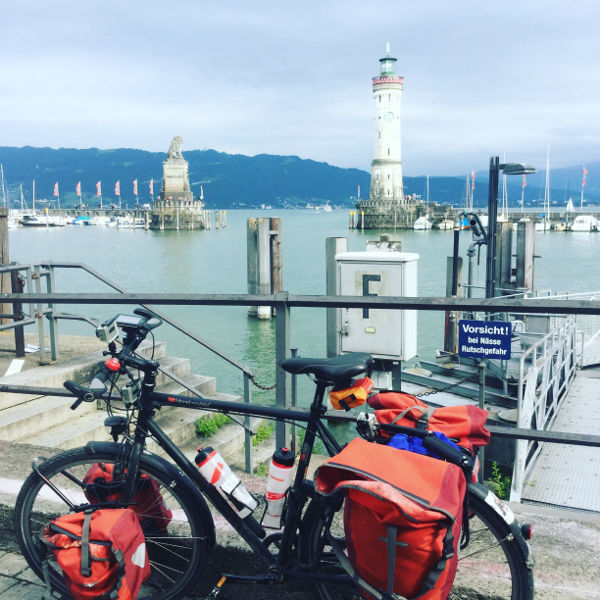 Lindau Königssee-Bodensee-Radweg - Neuer Lindauer Leuchtturm und Fahrrad