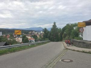 Ortseingang Traunstein - Königssee-Bodensee-Radweg
