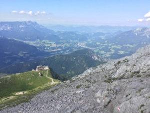Watzmannhaus vom Hochegg aus gesehen. Watzmannwanderung.