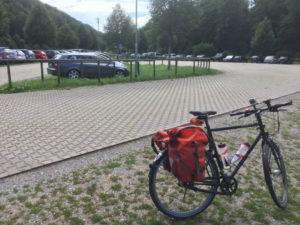 Parkplatz Bebenhausen bei Tübingen - Mit dem Fahrrad zum Christopher-Street-Day