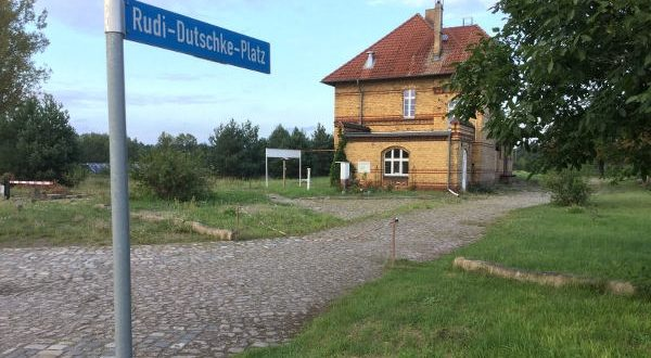 Rudi-Dutschke-Platz Schönefeld Nuthe-Urstromtal