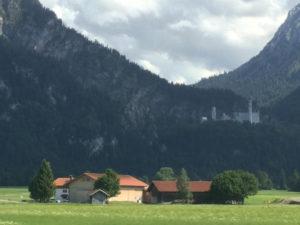 Schloss Neuschwanstein bei Füssen - Königssee-Bodensee-Radweg