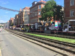 Start Parade Christopher-Street-Day Stuttgart 2017 am Erwin-Schöttle-Platz - Mit dem Fahrrad zum Christopher-Street-Day