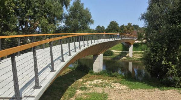 Neckartenzlingen - Neue Fahrradbrücke Neckarradweg nach Ludwigsburg