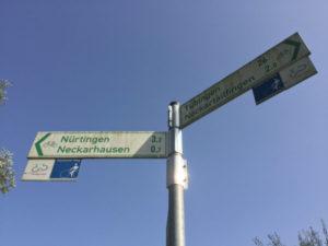 Wegweiser Neckarhausen - Neckarradweg nach Ludwigsburg