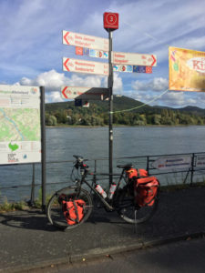 Radwegweiser Bonn Bad Godesberg - Rheinradweg Köln