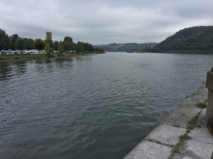 Mosel Rhein Zusammenfluss Rheinradweg Koblenz