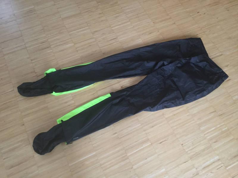Regenhose von Decathlon - B'twin 900