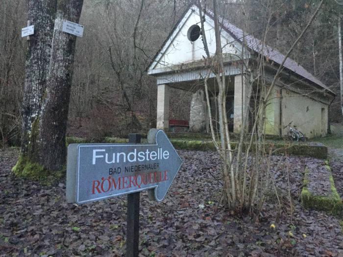 Fundstelle Bad Niedernauer Römerquelle - Quellhaus - Hohenzollern Radweg
