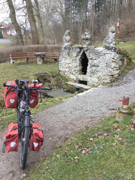 Unstrut-Radweg Unstrutquelle in Kefferhausen