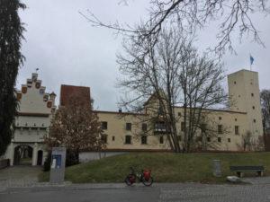 Grünwald - Burg Grünwald am Isarradweg - Radtour