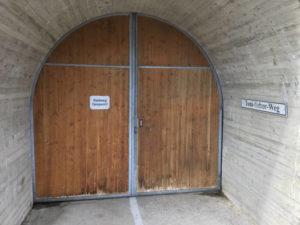 Gesperrter Radtunnel zwischen dem Sylvensteinspeicher und Lenggries - Toni-Seber-Weg