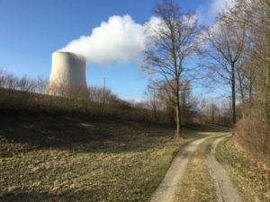 Kernkfraftwerk Isar Essenbach Niederaichbach - Mit dem Fahrrad an der Isar entlang