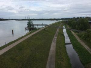 Rhein Rheinradweg - Radweg zu den Forts - bei Neuried 10 Kilometer nach Kehl