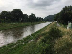 Die Elster bei Gera am Elsterradweg und an der Thüringer Städtekette