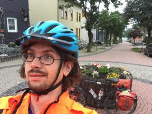 Oberhof Thüringen - Blumenkübel - Fahrrad - müder Radtouren-Checker - Rennsteigradweg