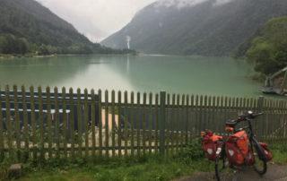 Bad Reichenhall an der Saalach Gemarkung Schneizlreuth Alpenblick am Saalachsee Wolken Fahrradtour Mozart-Radweg
