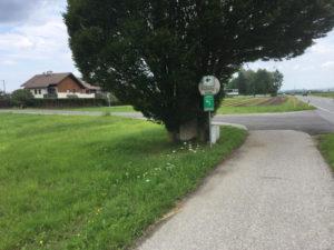 Wegweiser Walsberg Wals-Siezenheim Mozartradweg abgewichen