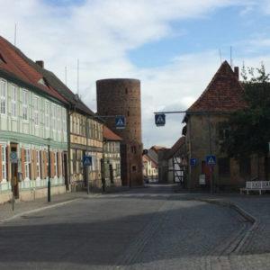 Altstadt Lenzen Turm Fachwerkhäuser - Elberadweg