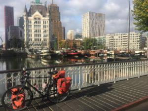 Alter Hafen Rotterdam - Rheinradweg Rotterdam