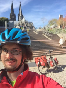 Rheinradweg Köln - Kölner Dom - Reiserad - Radtouren Checker - Vom Rheinradweg Bonn aus hingefahren