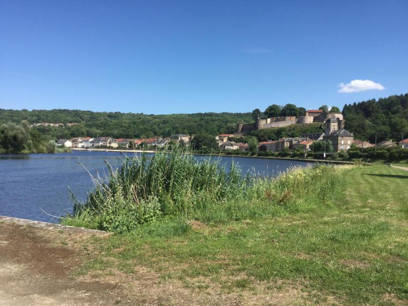 Sierck-les-Bains - Moselradweg - Dreiländereck - Fahrrad-Unterkunft in Apach