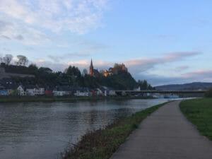 Saarburg - Saar-Radweg mit Saar