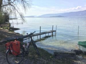 Bieler See mit Fahrrad - Aareradweg