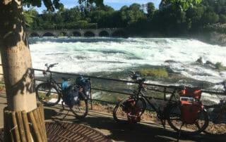 Mit Fahrrädern am Rheinfall - Bodenseeradweg - Rheinradweg