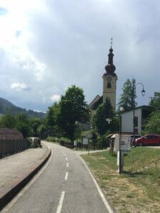 Tarvis - Tarvisio - Kirche - Alpe-Adria-Radweg