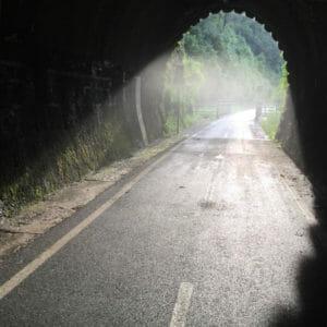 Tunnel in Resiutta - Wasserdampf - Alpe-Adria-Radweg Reisebericht