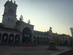 Udine - Piazza Liberta - Fussball EM-U21 - Alpe-Adria-Radweg