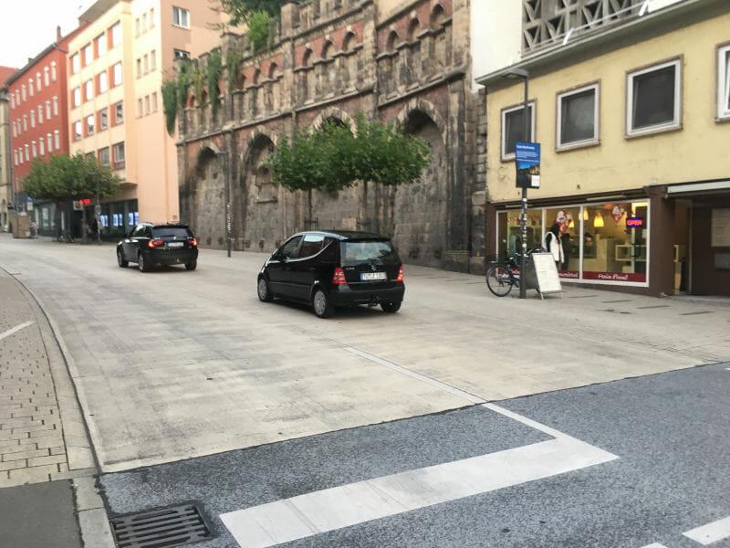Mühlstraße Tübingen - Fahrrad vs. Auto