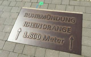 Rheinorange - Ruhrmündung - Hinweistafel Boden 1.800 Meter