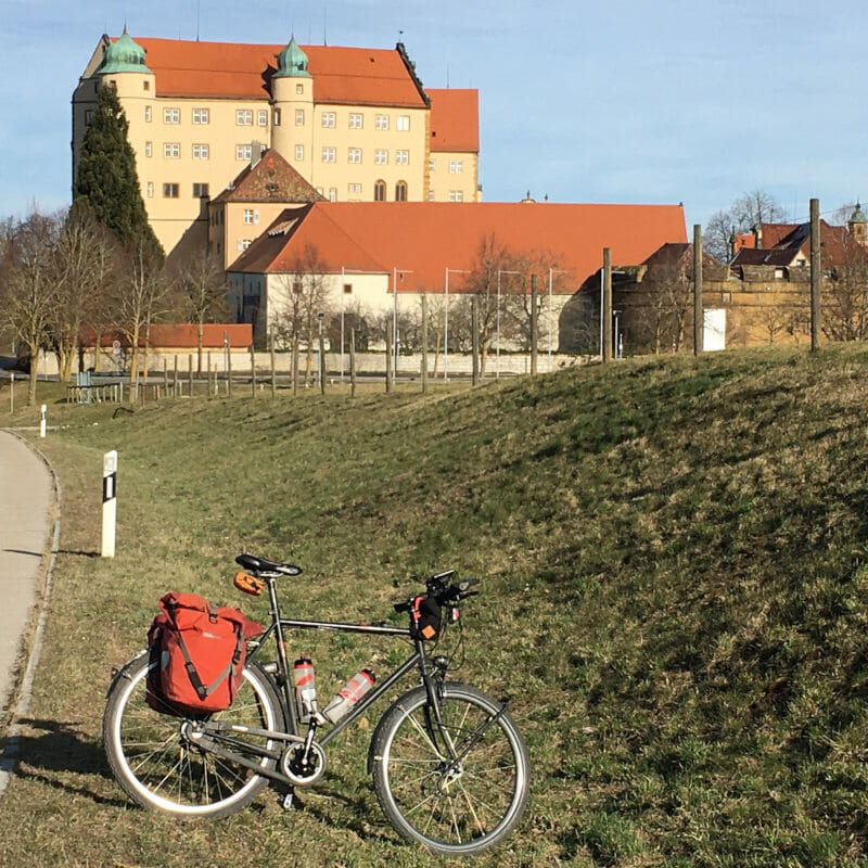 Schloss Kapfenburg bei Hülen - Lauchheim - Hohenlohe-Ostalb-Radweg