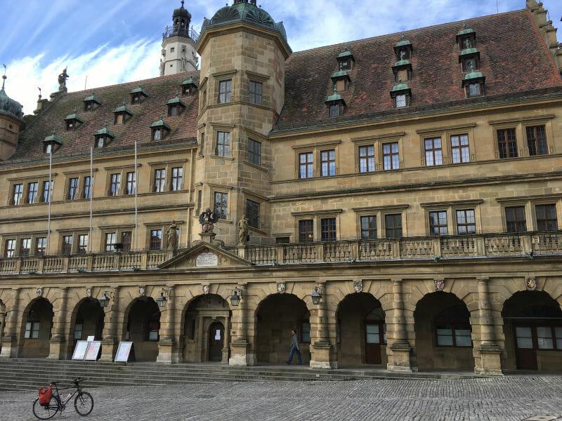 Rathaus - Rothenburg ob der Tauber - Hohenlohe-Ostalb-Radweg und Taubertalradweg