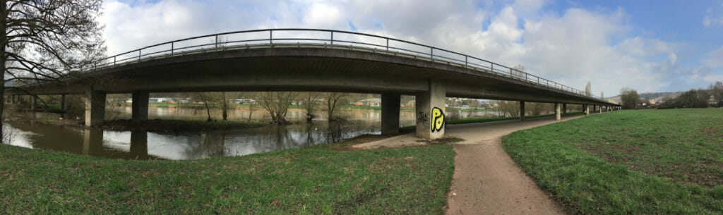 B37 - Elz fließt in den Neckar - Mosbach-Neckarelz - Odenwald-Madonnen-Radweg