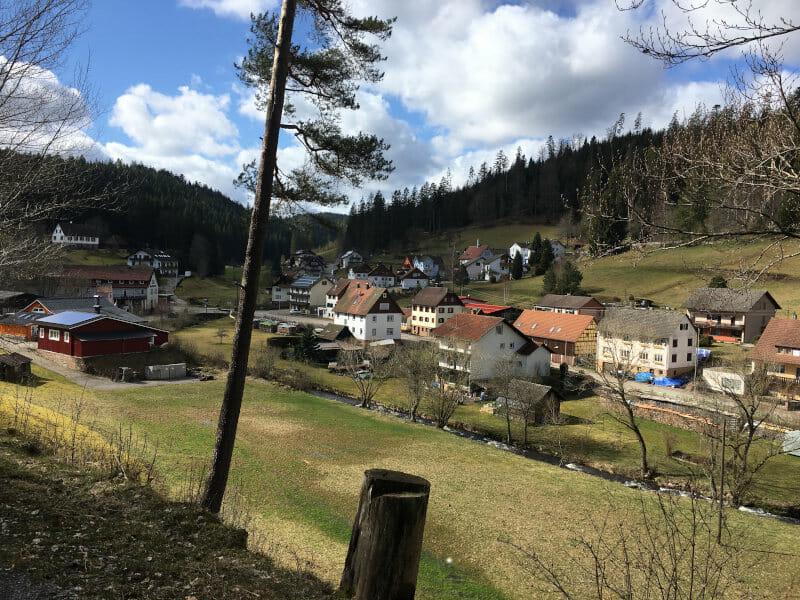 Enzklösterle-Gompelscheuer im Nordschwarzwald an der Enquelle