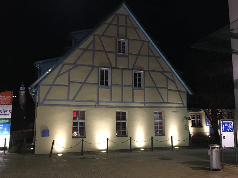 Mosbach im Dunkeln - Odenwald-Madonnen-Weg
