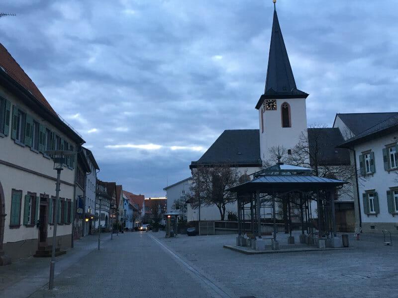 Walldorf - Abenddämmerung - Odenwald-Madonnen-Weg