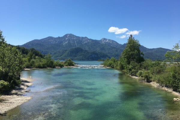 Die Loisach in den Kochelsee - Bodensee-Königssee-Radweg