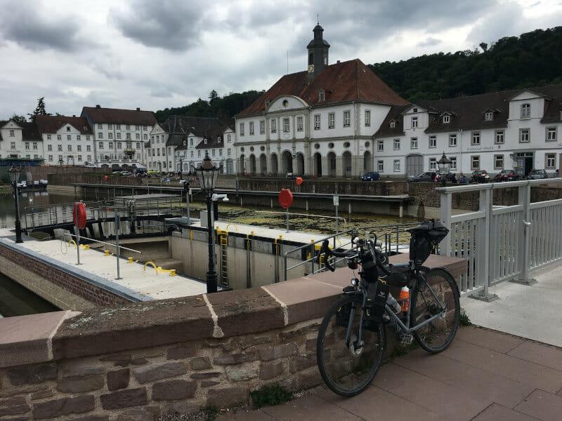 Bad Karlshafen - Innenstadt Hugenottenmuseum - Weserradweg