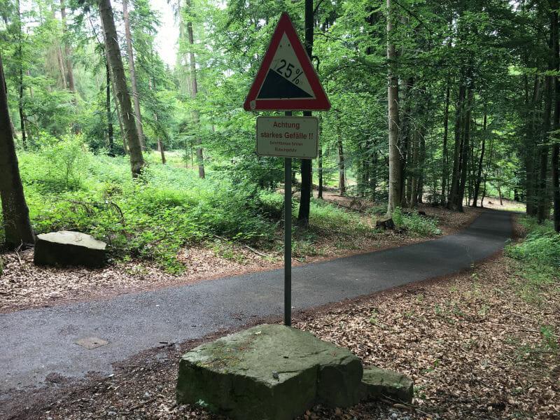 Zwischen Wahmbeck und Bad Karlshafen - 25%-Gefälle Weserradweg