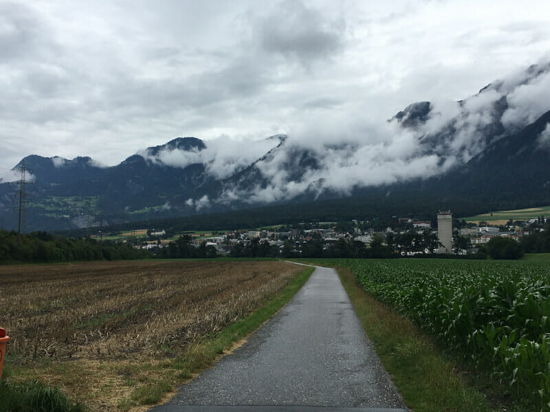 Alpenblick nach Chur - Rheinradweg Schweiz